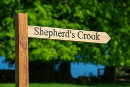 signpost to Shepherd's Crook