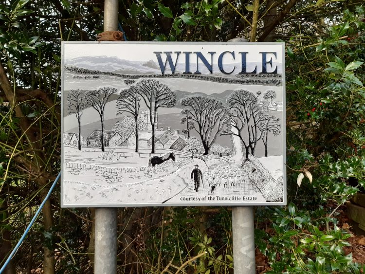 picture of Wincle sign